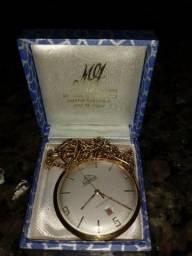 Relógio de bolso década de 30 em ouro com 17 rubis na maquina