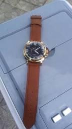 Vendo um relógio ck masculino