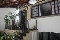 Casa com Piscina, 5 Quartos sendo 2 Suítes - Jardim Amália 2, Volta Redonda