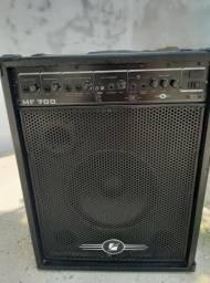 Caixa de som amplificada. 700 watts, guitarra, microfone