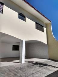 Casa com 4 dormitórios próximo Parque Povo na Vila Formosa
