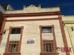 Centro - Casa antiga, 07 qtos, 173,20 m², excelente localização.