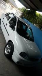 Vendo corsinha sedan 2001 carro filé - 2001