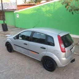 Fiesta hatch 1.0 2005/6 (básico)