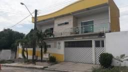 Vendo excelente casa alto padrão no conjunto Águas Claras!