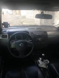 Nissan Tiida 1.8 flex manual