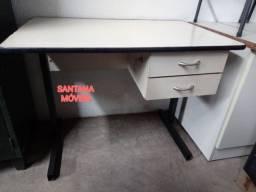 Escrivaninha c/ 2 gavetas. 0,90 L x 0,60 P x 0,73 A