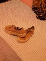 Sapato plataforma ou sapatenis semi novo