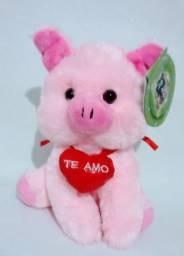 Porco de pelúcia  rosa te amo