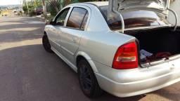 Astra GL 1.8  Sedan