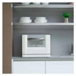 Lava-Louças Electrolux LE06A - Blue Touch Branco