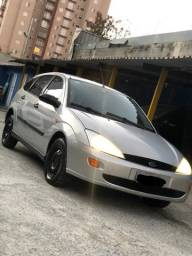 Ford Focus 2001 Completo