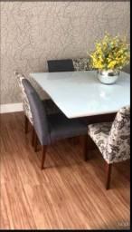Mesa quadrada seminova