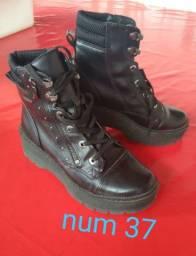 Mix de calçados femininos