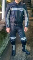 Macacão de couro matoqueiro motociclista