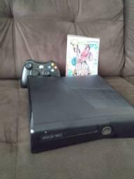 Xbox 360 Super Slim Desbloqueado perfeito estado (Troco por algo do meu interesse)
