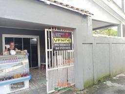 Casa com 3 Dormitorios - Ponta do Caju