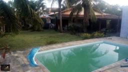Título do anúncio: Casa de esquina próximo a lagoa, 03 quartos, amplo quintal, piscina e churrasqueira
