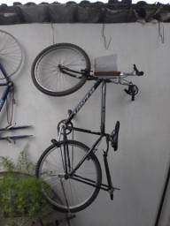 Bicicleta aro 26 seis meses de comprada