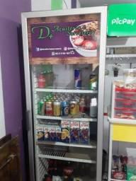 Freezer de bebida.
