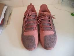 Título do anúncio: Tênis Adidas feminino Original - 37- Somente wats