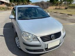 Vw Volkswagen Polo Sedan 1.6 completo único dono Muito novo