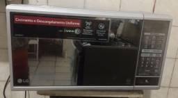 Título do anúncio: Forno microondas marca LG