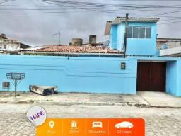 Título do anúncio: Casa para venda com 220 metros quadrados com 5 quartos em Poço - Maceió - AL