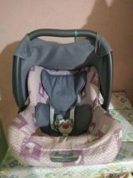 Bebê conforto em ótimo estado, funcionando perfeitamente !