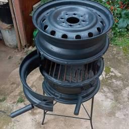 Fogão a lenha forno e churrasqueira 230 reais  zap *