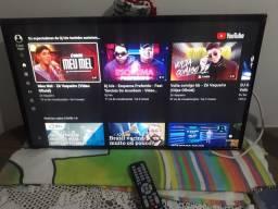 """TV SMART 32"""" AOC SEMI NOVA IMAGEM INVERTIDA DE CABEÇA PARA BAIXO!!!"""
