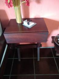 Móvel com gaveta em madeira maciça