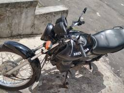 Moto 125  valor 3,500