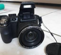 Câmera fujifilm finepix s3300 14mp zoom26x