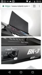 Teclado Roland bk3