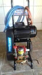 Máquina de alta pressão pra lava-jato semi nova pronta pra usar