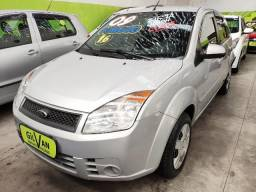 Ford Fiesta Hatch 1.6 Class Completo