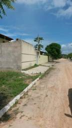 Terreno murado para venda, possuindo 300 m² - Barra de São Miguel - AL