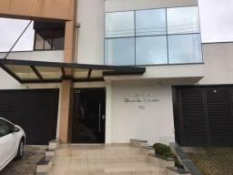 Apartamento à venda no bairro Revoredo em Tubarão/SC