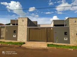 Casa 01 Suíte e 02 quartos com espaço para lazer