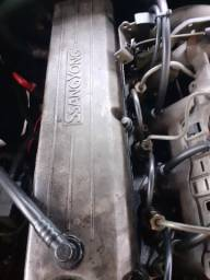 Motor a diesel 5 cilindros ssangyong