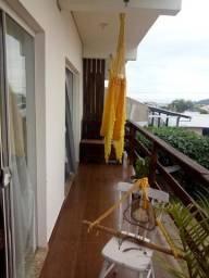 Alugo casa com 3 suites, acomoda ate 10 pessoas, para temporada Santinho