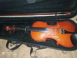Violino michael madeira com dez anos