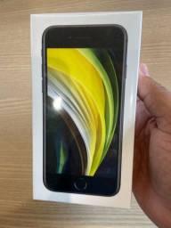 iPhone SE 2020 64 gb preto