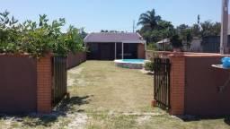 Casa com piscina em Pontal do Paraná