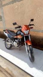 Moto NX-4 Falco