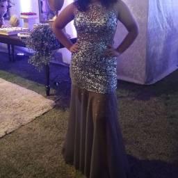 Vestido de formatura,calda tipo sereia,brilhoso e etc