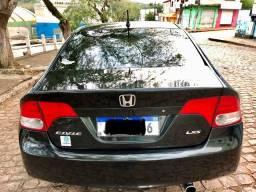 Honda Civic LXS impecável