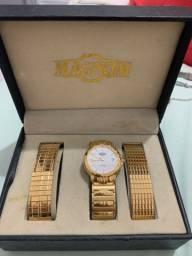 Relógio Magnum usado poucas vezes