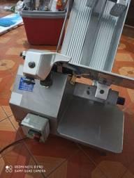 Máquina de frios automática